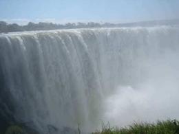 Victoria Falls - beeindruckende Wasserfälle