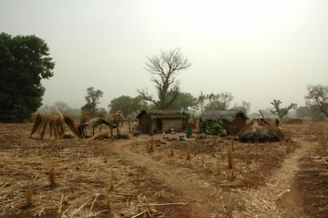 Elfenbeinküsten - Reisen - Hütten