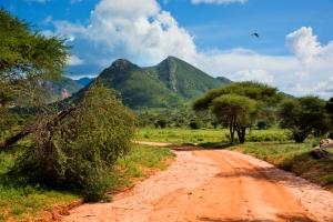 mit natuerlich-afrika.reisen-Kenia Reisen im Tsavo West Nationalpark