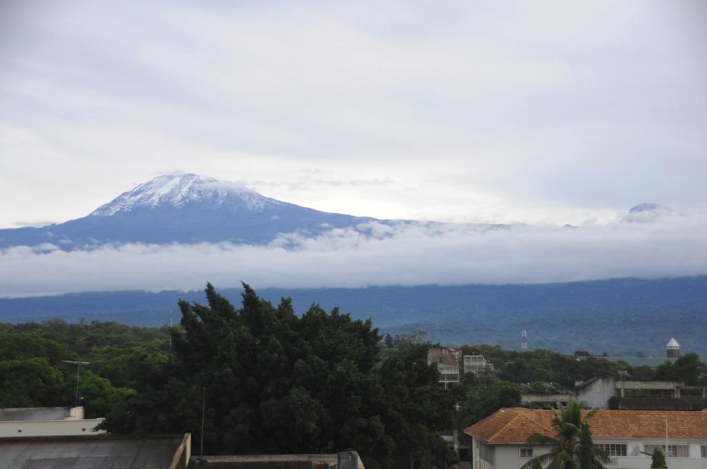 Tansania Kilimanjaro Besteigung mit  Touring Afrika
