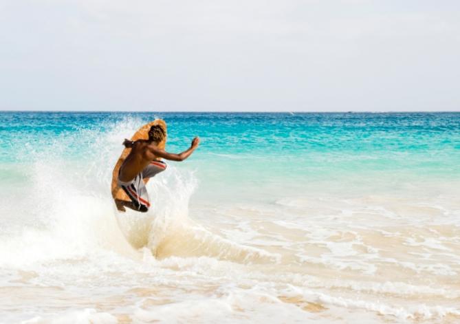 Surfer - Surfen auf den Kap Verden